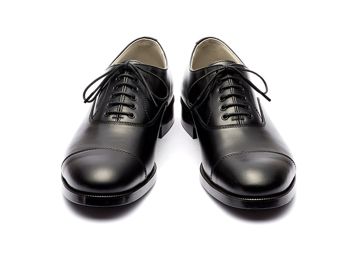 STRAIGHT TIP SHOES (OUTSIDE EYELET)